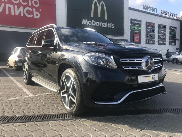 Mercedes Benz GLS